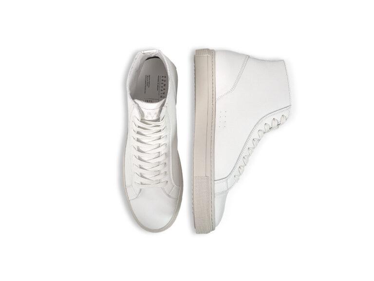 Shoe-4—4